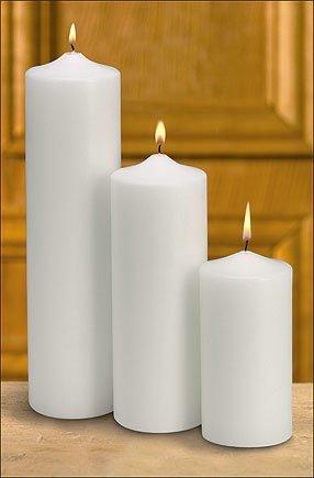 Plain White Pillar-0